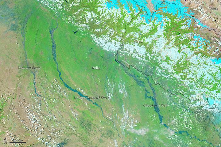 ข้อมูลจากดาวเทียม Aqua MODIS บันทึกภาพวันที่ 21 มิถุนายน 2556
