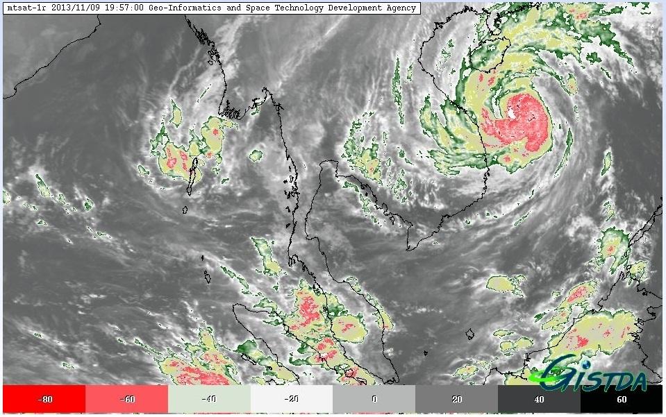 ภาพจากระบบ STORM TRACKER (ข้อมูลจากดาวเทียม MTSAT ณ วันที่ 9 พฤศจิกายน 2556 เวลา 19.57 น.)